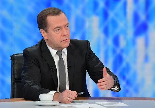 Venäjän pääministeri Dmitri Medvedev allekirjoitti joulupäivänä laajennetun Ukrainan vastaisen pakotelistan.