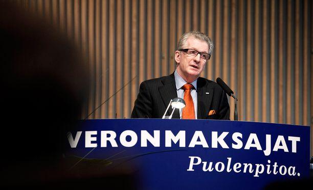 Rautaruukin entinen toimitusjohtaja Sakari Tamminen.