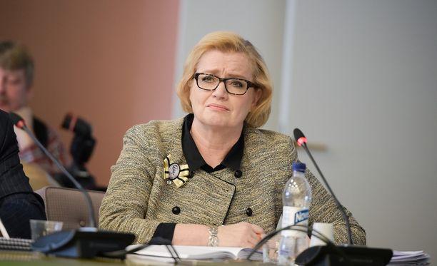 Helsingin kaupungin sivistystoimen apulaiskaupunginjohtaja Ritva Viljanen oli pettynyt Guggenheim-hankkeen hylkäämiseen.