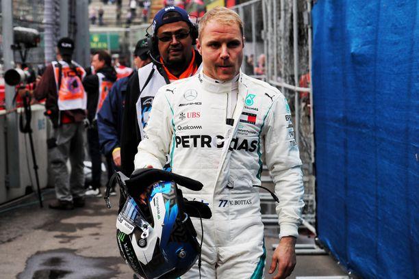Valtteri Bottas kiitteli mekaanikkojen ripeyttä aika-ajon onnistumisesta.