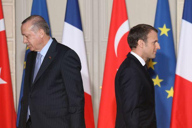 Turkin ja Ranskan presidentit tapasivat Pariisissa.