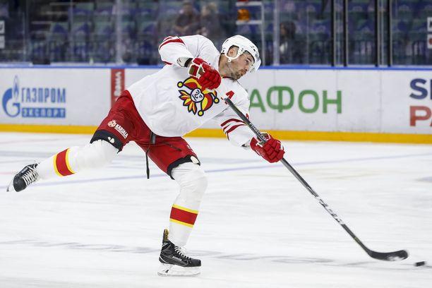 Jesse Joensuu oli monessa mukana Dinamo-ottelun loppuhetkillä.