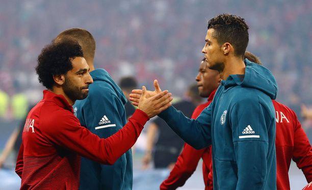 Viekö Mohamed Salah maailman parhaan pelaajan palkinnon Cristiano Ronaldolta?