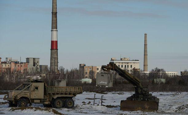 Venäjän tutkimuskomission mukaan Euroopassa syys-lokakuussa havaittu ruteneumsäteily ei voinut olla peräisin Majakin ydinjätteen käsittelylaitoksesta, vaan ilmakehässä tuhoutuneesta satelliitista.