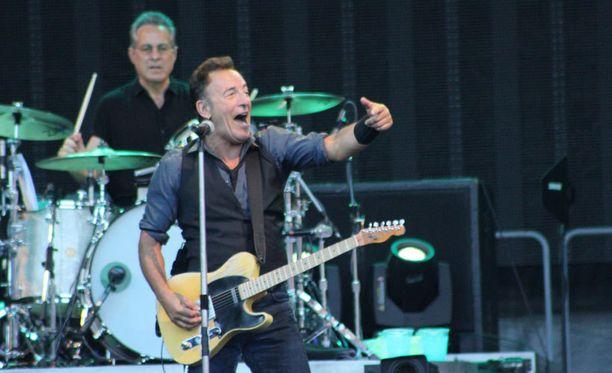 62-vuotias Springsteen on huikeassa kunnossa.
