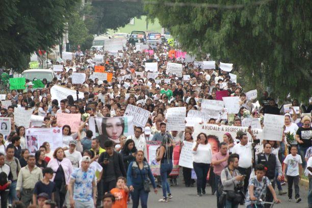 Jopa 1500 naista marssi kaduilla naisiin kohdistuvaa väkivaltaa vastaan Ecatepecissä sunnuntaina.