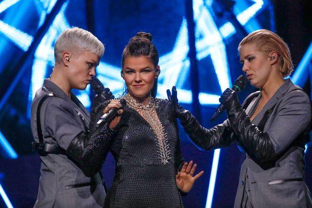 Saaran stylistinä kisoissa on tähtistylisti Vesa Silver.