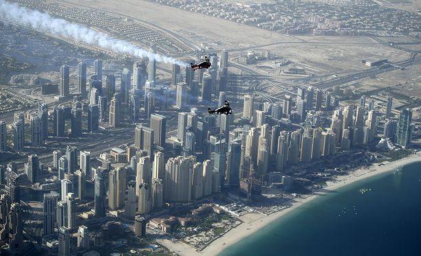 Onnettomuus tapahtui Jumeirah Beachilla Dubaissa.