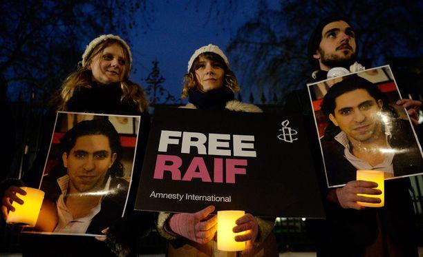 Badawin tapaus on herättänyt runsaasta kansainvälistä huomiota.