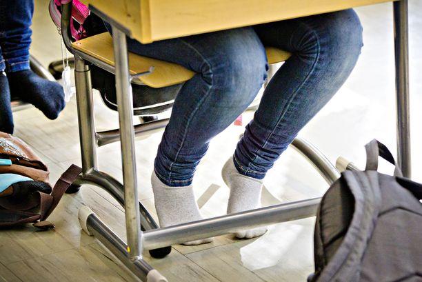 Yhä useammassa luokassa oppilaiden on vaikea keskittyä opetukseen.