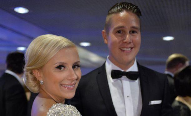 Tomi ja Minka Björckin toinen poika nimettiin Oliver Brooklyn Björckiksi.
