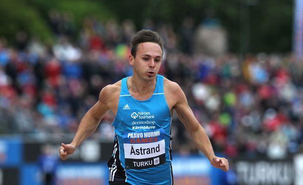 Jonathan Åstrand ei sulje pois mahdollisuutta aloittaa valmentajan työt.