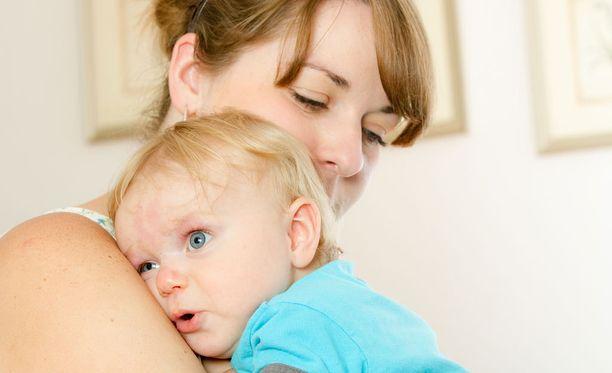 Asiantuntija muistuttaa, ettei täydellistä vanhempaa olekaan.