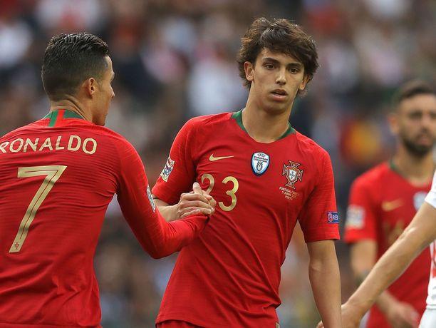 Joao Felixistä (numero 23) odotetaan Cristiano Ronaldon manttelinperijää.