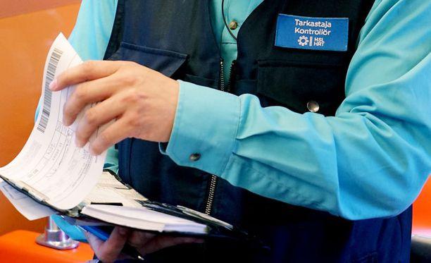 Miehen saamilla tarkastusmaksuilla olisi ostanut Helsingin sisäiseen liikenteeseen oikeuttavan matkakortin noin 11 vuodeksi.