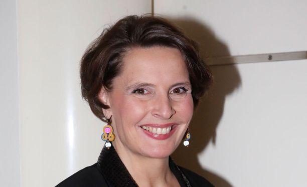 Liikenne - ja viestintäministeri Anne Berner (kesk) linjasi tiistaina tärkeimpiä liikennehankkeita.