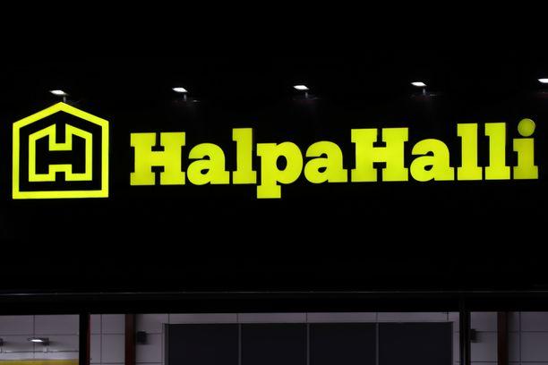 Oppilaat olivat lähteneet välitunnilla luvattomasti Halpa-Halliin. Kuvituskuva.