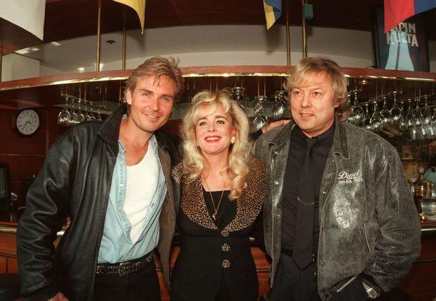 Kauniiden ja rohkeiden Thorne tuli Suomeen Jeff Trachtan muodossa vuonna 1997. Näyttelijä kiersi keikoilla Armin ja Dannyn kanssa.