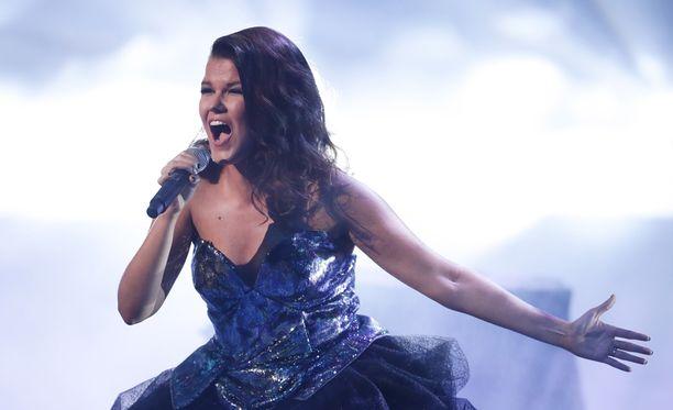 X Factor -tuotanto valitsi Saaralle esityskappaleet.