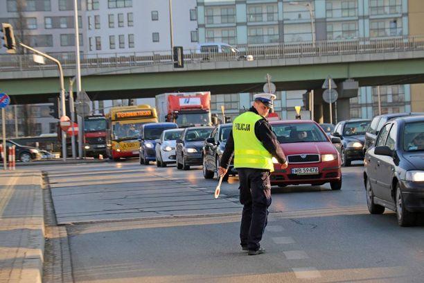 Poliisi tekee iskuja Varsovassa: rattijuoppojen onkin syytä pelätä.