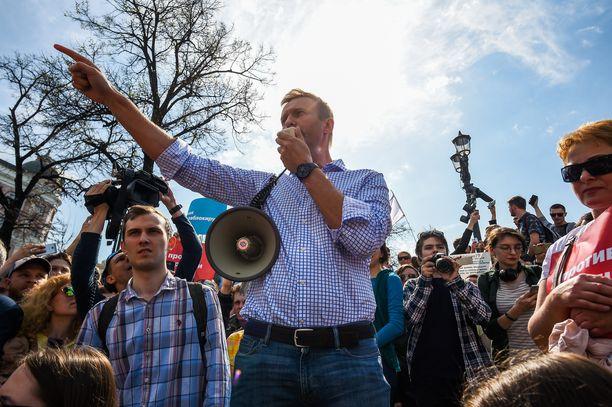 Navalnyi puhui kannattajilleen mielenosoituksessa Moskovassa 5. toukokuuta 2018. Luvattomassa mielenosoituksessa vastustettiin Putinin uudelleenvalintaa.