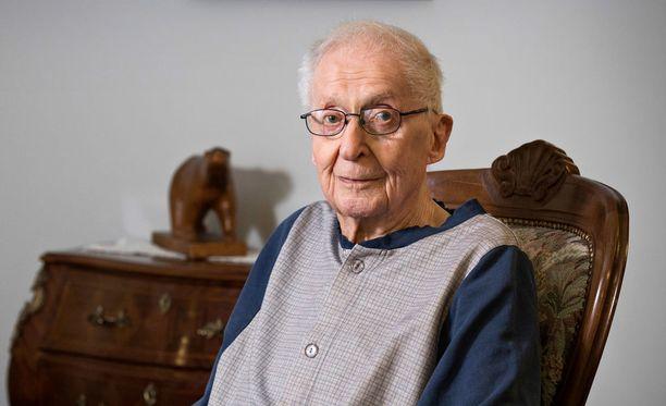 Eero Kantola, 95, pääsee tänä vuonna ensi kertaa Linnan juhliin.