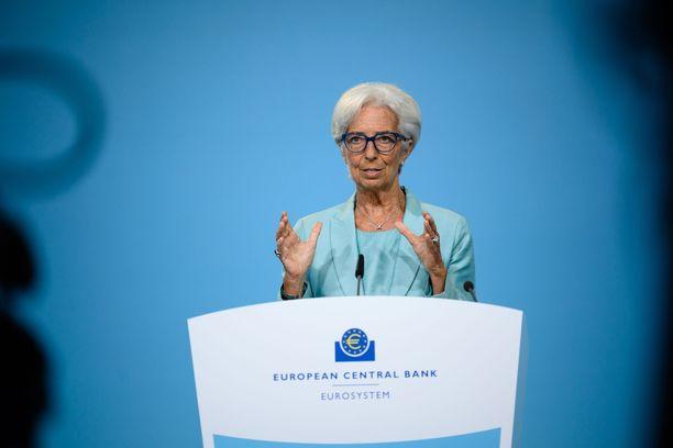EKP:n pääjohtaja Christine Lagarde Saksan Frankfurtissa järjestetyssä tiedotustilaisuudessa 22. heinäkuuta.