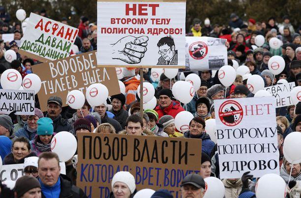 Volokolamskin asukkaat haluavat, että kaatopaikka suljetaan.