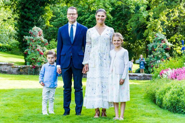 Prinssi Daniel on naimisissa kruununprinsessa Victorian kanssa. Parilla on kaksi lasta, prinssi Oscar ja prinsessa Estelle.