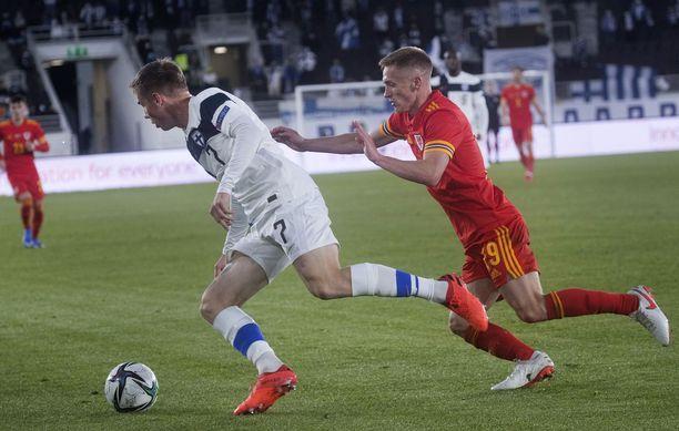 Suomi pelasi ystävyysottelun Walesia vastaan, kun muu D-lohko pelasi MM-karsintoja.