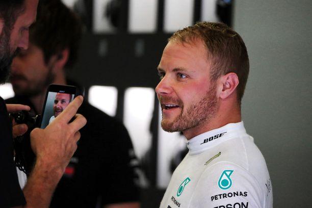 Valtteri Bottaksen paalupaikkaputki Itävallan GP:ssä meni poikki.