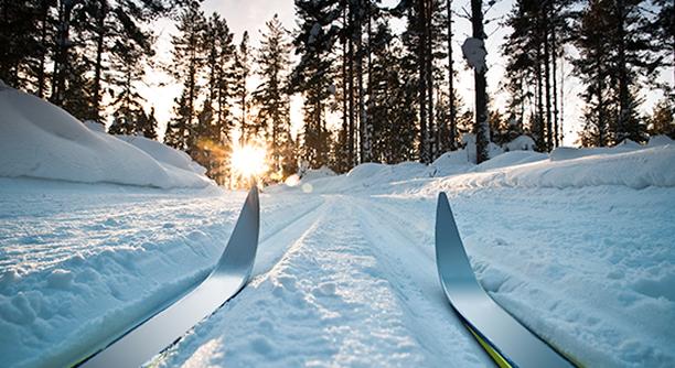 Haluaisitko hiihtää keväthangilla uusilla suksilla?