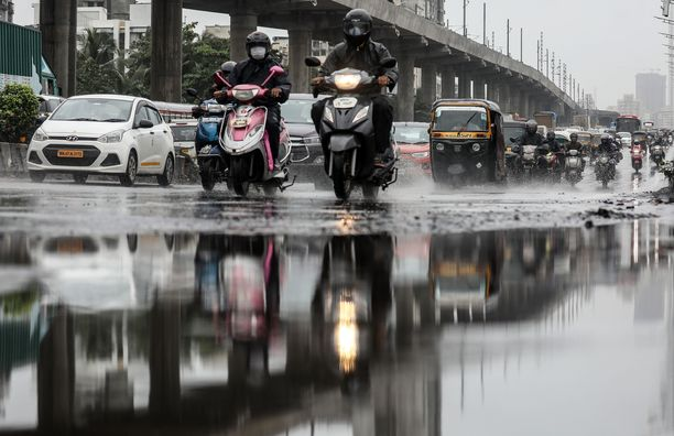 Intiassa monsuunisateet kestävät tavallisesti kesäkuusta syyskuuhun.