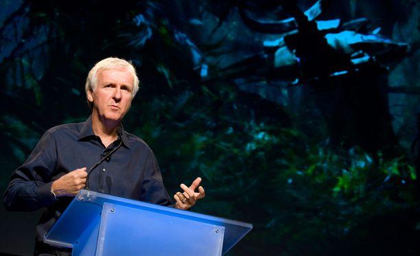 Avatar-ohjaaja James Cameron on tehnyt paljon yhteistyötä Hornerin kanssa.