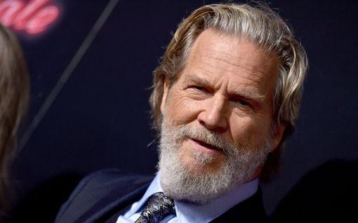 """Jeff Bridges kertoo syöpätaistelustaan: """"Kasvain on pienentynyt huomattavasti"""""""
