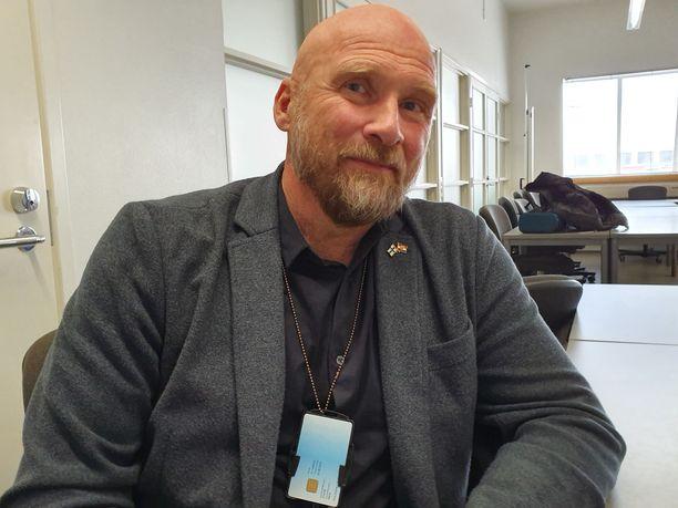 Poliisitarkastaja Måns Enqvist Poliisihallituksesta.