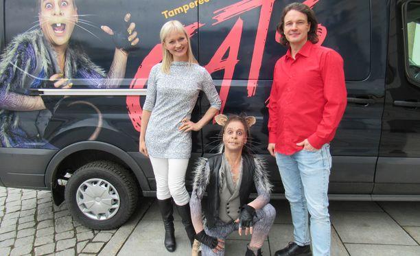 Helena Rängman, Risto Korhonen ja Tero Harjuniemi esiintyvät suomalaisten suosikiksi nousseessa Cats-musikaalissa.