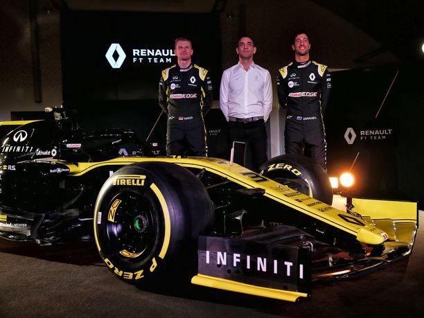 Renault'lla on tällä kaudella kilpailukykyinen kuljettajakaksikko: Nico Hülkenberg (vasemmalla) ja Daniel Ricciardo.