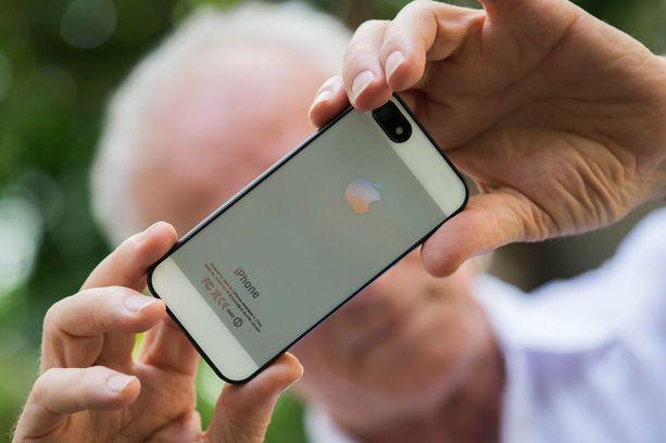Iphone 4S -mallissa oli jo 8 megapikselin kamera ja 1080p-videokuvaus.