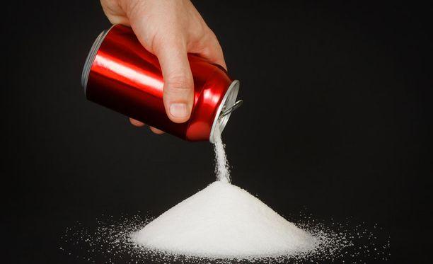 Sokeri lisää mielihyvää ja se saattaa koukuttaa samalla tavalla kuin nikotiini.