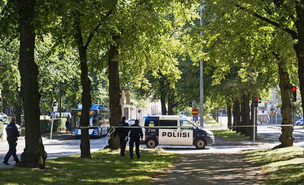 9-vuotias kuoli suojatieonnettomuudessa Helsingin Töölössä viime vuoden elokuussa.