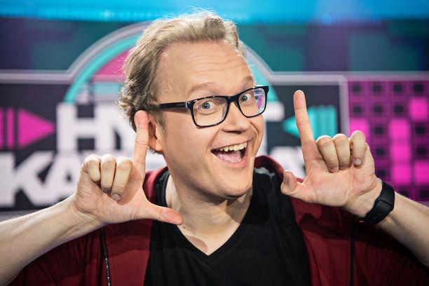 Antti J.L. Pääkkönen on yllättynyt, kuinka hyvin ihmiset muistavat Tenavatähden. Häneltä tullaan kyselemään vähintään joka toinen kuukausi, oliko hän ohjelmassa mukana.
