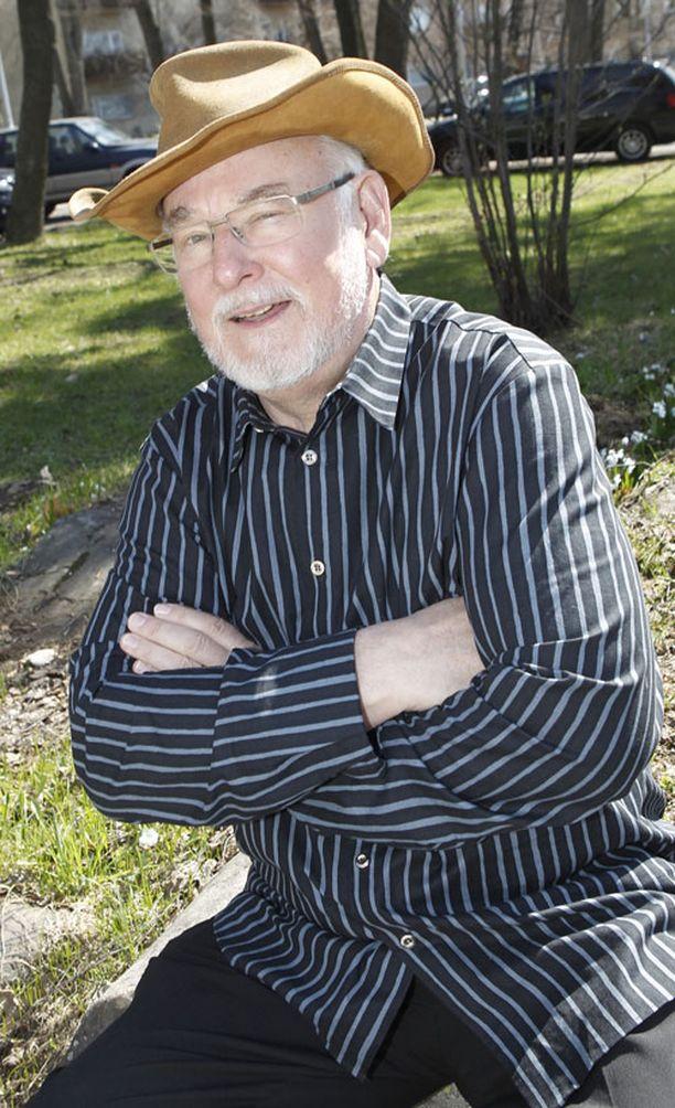 Hannu Karpo jättää tv-työt kesän 17-osaisen Karpon parhaat-sarjan jälkeen. Ura ruudussa kesti 53 vuotta.