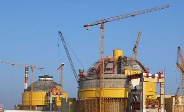 Kudankulamin ydinvoimala Intiassa on kohdannut useita ongelmia käynnistysvaiheessa.