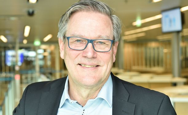 Risto Nieminen luopuu Olympiakomitean puheenjohtajuudesta.