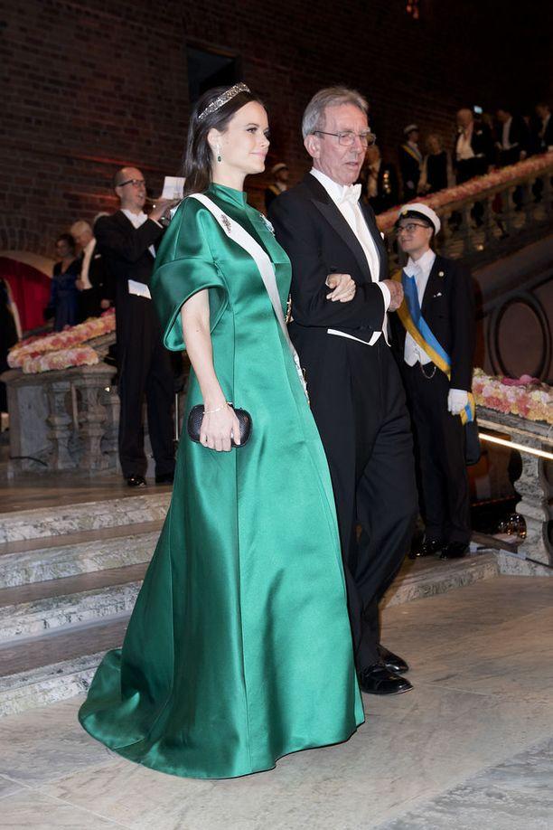 Vuonna 2016 prinsessa Sofia juhli vihreässä iltapuvussa.