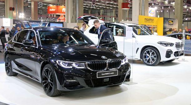 Yksi BMW:n kiinnostavimmista malleista on ensi keväänä Suomeen kauppoihin asti ennättävä 3-sarja.