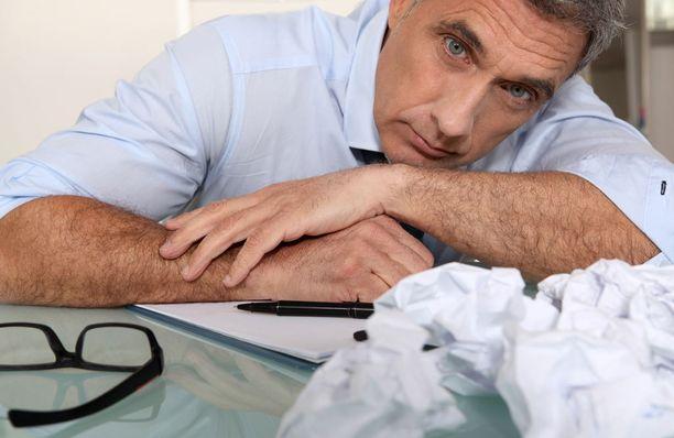 Toistuva unettomuus voi vaurioittaa aivoja, ja syödä vireyttä.