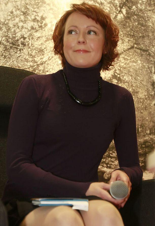 Jenni Haukio esiintyi Helsingin kirjamessuilla marraskuussa 2009.