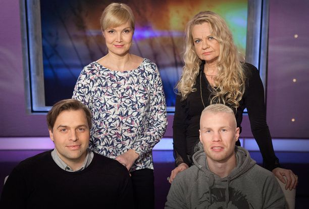 Kimmo Ohtosen lisäksi toimittaja Sari Valton vieraina illan lähetyksessä ovat jazzpianisti Iro Haarla ja nyrkkeilijä Jussi Koivula.